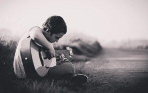 うつ病で辛い時に僕が聴きたい曲5選