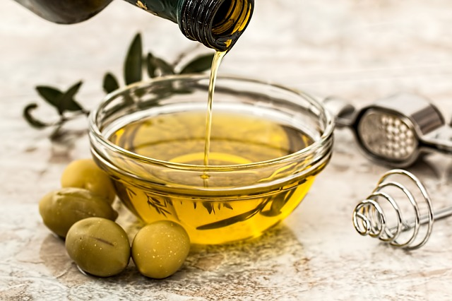 ドレッシングはオリーブオイルと塩の組み合わせが抜群に美味くてヘルシー