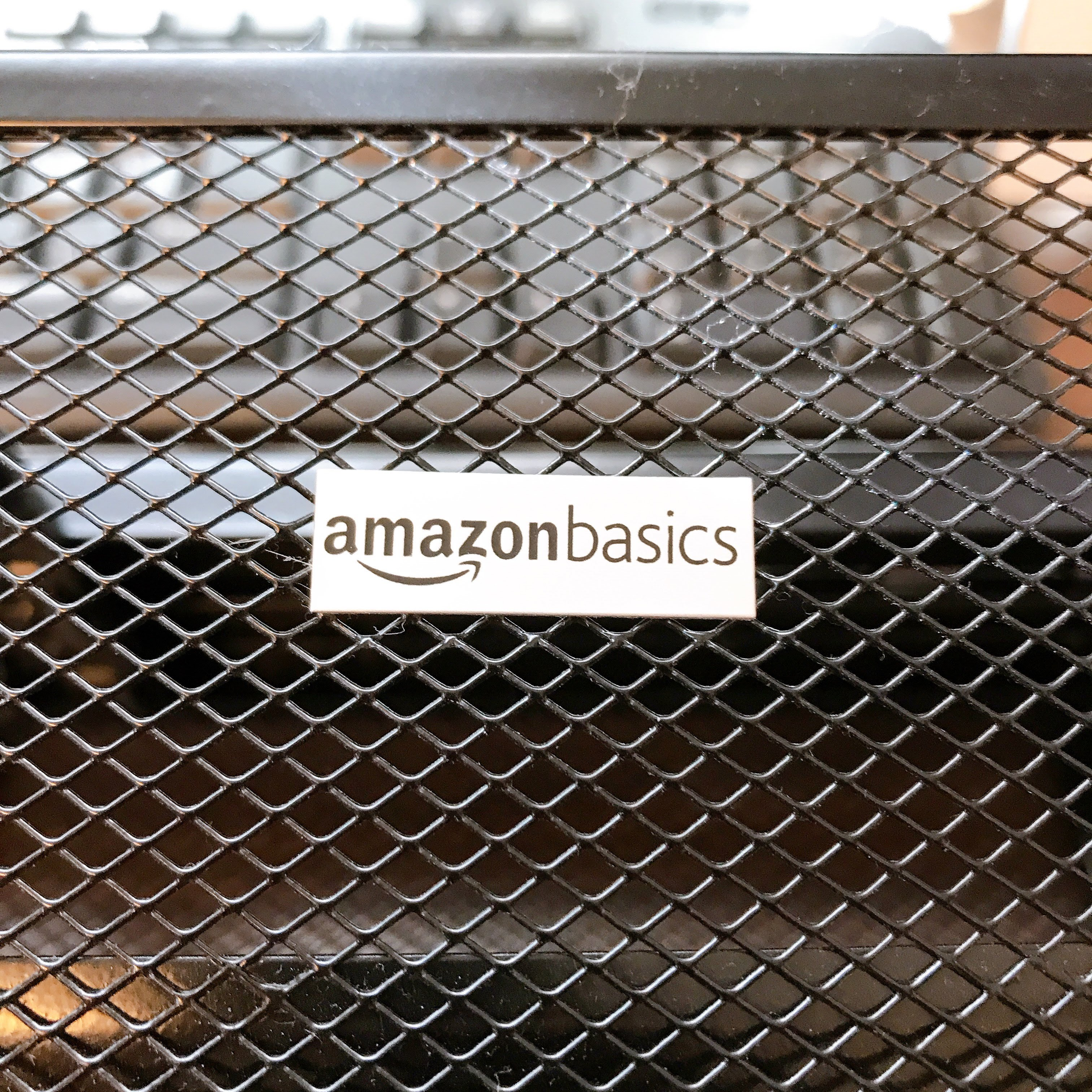 Amazonベーシック製PCスタンドを買って失敗した|ストッパーが致命的な位置に