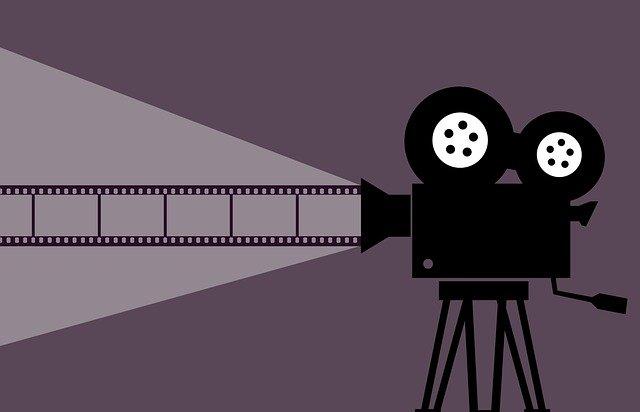 映画館をいつでも料金1000円で観る方法|最も簡単かつ誰でも可能